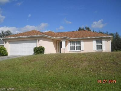 Lehigh Acres Single Family Home For Sale: 2520 69th St W