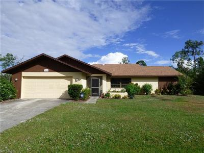 Lehigh Acres Single Family Home For Sale: 922 Sheldon Ave