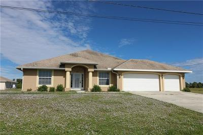 Cape Coral Single Family Home For Sale: 2727 NW 3rd St