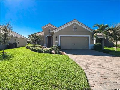 Fort Myers Single Family Home For Sale: 4634 Mystic Blue Way