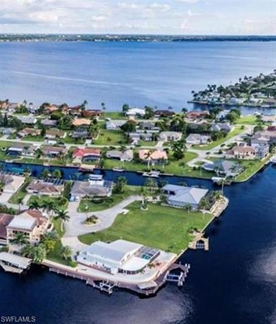 Cape Coral Residential Lots & Land For Sale: 2208 SE 27th St