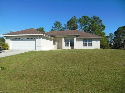 Lehigh Acres Single Family Home For Sale: 325 Laurel Ave