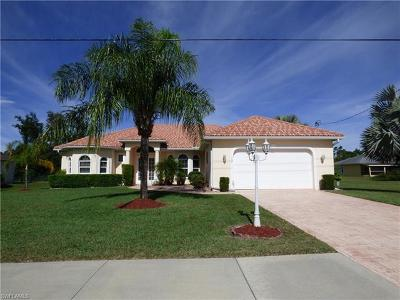 Lehigh Acres Single Family Home For Sale: 737 Milwaukee Blvd