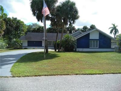 Lehigh Acres Single Family Home For Sale: 1204 Baldwin Pl