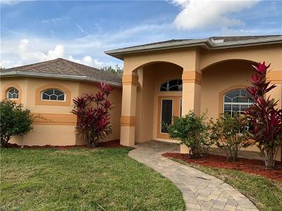 Cape Coral Single Family Home For Sale: 433 NW 24th Ter