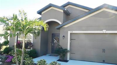 Lehigh Acres Single Family Home For Sale: 708 Evening Shade Ln