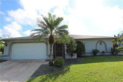 Lehigh Acres Single Family Home For Sale: 485 Labree Ave S
