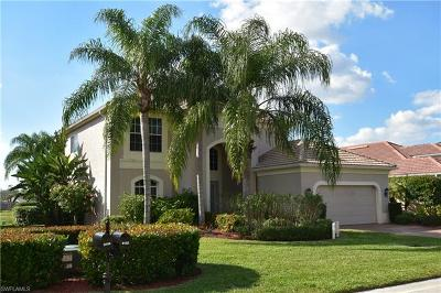 Fort Myers Single Family Home For Sale: 9102 Links Dr