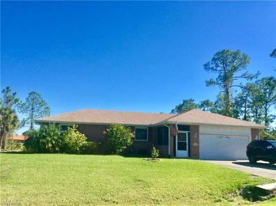 Lehigh Acres Single Family Home For Sale: 302 Scott Ave