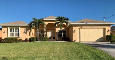 Cape Coral Single Family Home For Sale: 2707 SW 48th Ter