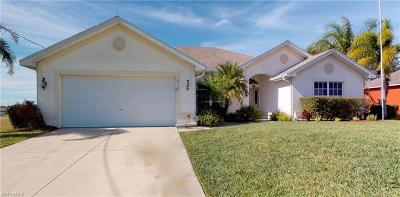 Cape Coral Single Family Home For Sale: 2110 NE 3rd Ave