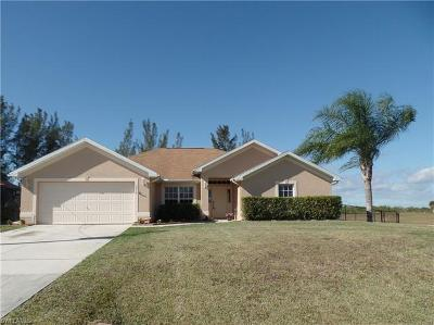 Cape Coral Single Family Home For Sale: 3016 NW 46th Pl