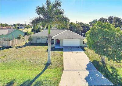 Cape Coral Single Family Home For Sale: 914 SW 35th Ter