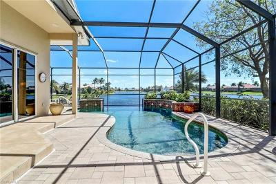 Fort Myers Single Family Home For Sale: 8667 Southwind Bay Cir
