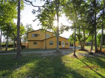 Naples FL Single Family Home For Sale: $449,500