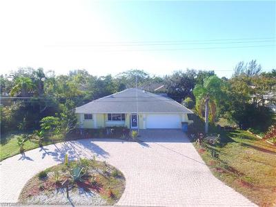 Cape Coral Single Family Home For Sale: 314 SW 13th St
