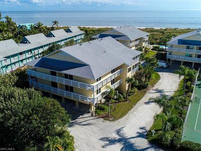 Bonita Springs, Cape Coral, Estero, Fort Myers, Fort Myers Beach, Lehigh Acres, Marco Island, Naples, Sanibel, Captiva Condo/Townhouse For Sale: 585 E Gulf Dr #A3