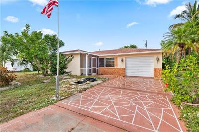 Cape Coral Single Family Home For Sale: 4254 Coronado Pky