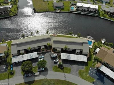Cape Coral FL Condo/Townhouse For Sale: $239,900