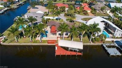 Cape Coral Single Family Home For Sale: 1226 SW 51st St