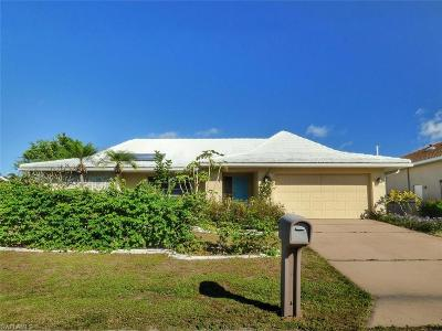 Punta Gorda Single Family Home For Sale: 2616 Via Veneto Dr