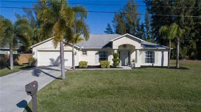 Cape Coral Single Family Home For Sale: 223 SE 23rd Ter