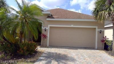 Lehigh Acres Single Family Home For Sale: 8073 Silver Birch Way