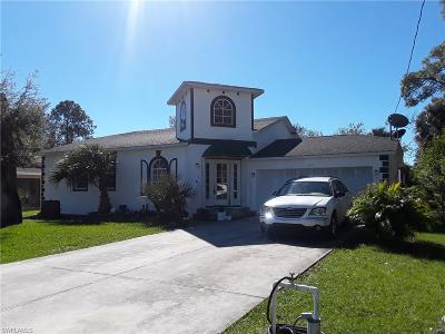 Lehigh Acres Single Family Home For Sale: 720 Connecticut Ln
