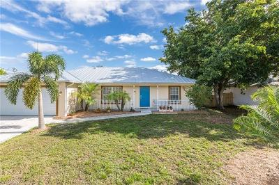 Cape Coral Single Family Home For Sale: 237 NW 23rd Ave
