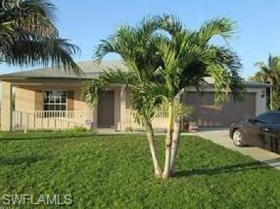 Cape Coral Single Family Home For Sale: 903 SE 30th Ln