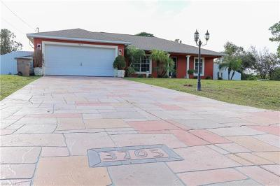 Lehigh Acres Single Family Home For Sale: 3705 3rd St W