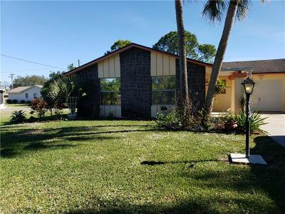 Lehigh Acres Single Family Home For Sale: 218 5th Ave