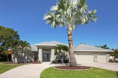 Cape Coral Single Family Home For Sale: 5310 SW 11th Ct
