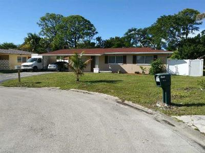 Fort Myers Single Family Home For Sale: 4848 Gloucester Ct