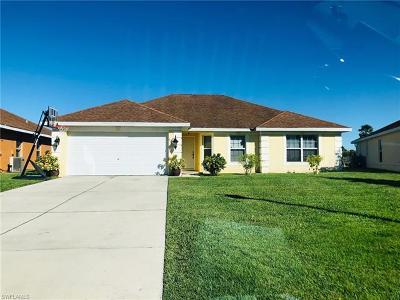 Lehigh Acres Single Family Home For Sale: 8111 Liriope Loop