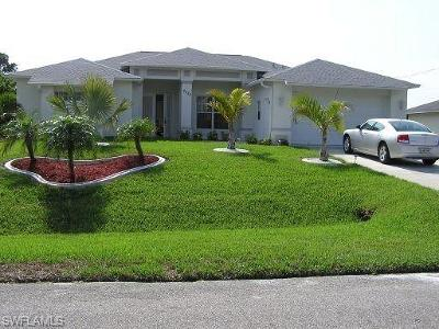 Cape Coral Single Family Home For Sale: 2620 SW 17th Pl
