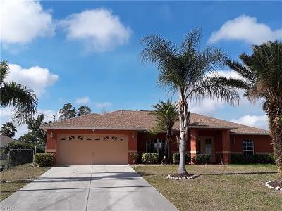 Lehigh Acres Single Family Home For Sale: 664 Homestead Rd S