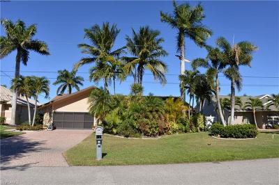 Bonita Springs, Cape Coral, Estero, Fort Myers, Fort Myers Beach, Marco Island, Naples, Sanibel, Captiva Single Family Home For Sale: 711 SW 53rd Ter