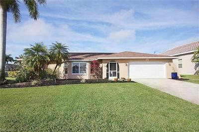 Cape Coral Single Family Home For Sale: 5232 SW 2nd Ave