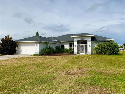 Lehigh Acres Single Family Home For Sale: 212 Danby Rd