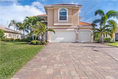 Cape Coral Single Family Home For Sale: 5019 SW 8th Ct