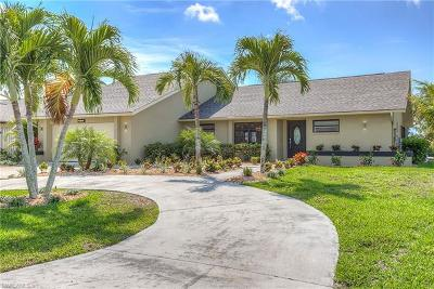 Cape Coral Single Family Home For Sale: 2614 SW 46th Ter