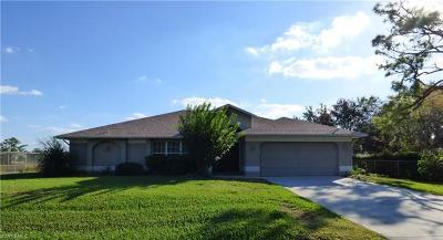 Lehigh Acres Single Family Home For Sale: 867 Geneva St