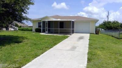 Cape Coral Single Family Home For Sale: 911 NE 10th Ter