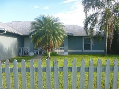 Lehigh Acres Single Family Home For Sale: 4608 Lee Blvd