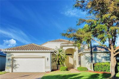 Estero Single Family Home For Sale: 9077 Whitfield Dr