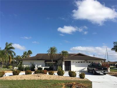 Cape Coral, Matlacha Single Family Home For Sale: 3405 SE 16th Pl