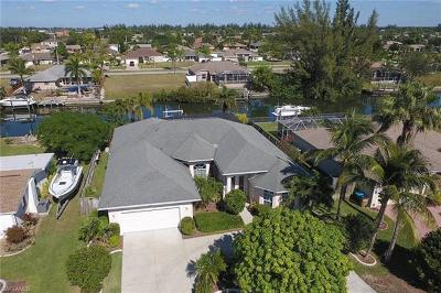 Cape Coral Single Family Home For Sale: 129 SE 28th Ter
