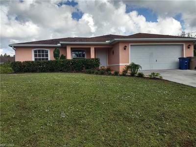 Lehigh Acres Single Family Home For Sale: 721 Little Rock St E