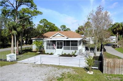 North Fort Myers Single Family Home For Sale: 2482 Case Ln
